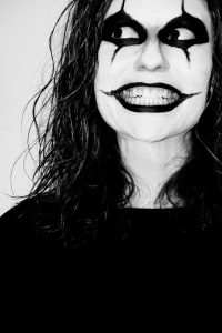 Ursprünglich wollte man zu Halloween mit den gruseligen Verkleidungen Geister vertreiben.
