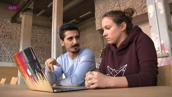 """Warum wir anderen Menschen helfen, kann die unterschiedlichsten Gründe haben. Spirituelle Überzeugung, eigene Betroffenheit, der zur Berufung gewordene Beruf. Die """"KURT""""-Reporter haben vier Menschen begleitet, bei denen die Hilfe aus verschiedenen Gründen im Lebensmittelpunkt steht. Mit dabei: Bruder Albers, der mit dem Bruder-Jordan-Treff Obdachlosen ein tägliches Frühstück ermöglicht. Juan Issa, der mit seiner Website """"gefluechtete-dortmund.de"""" Flüchtlingen das Ankommen in Deutschland erleichtert. Birgit Mintz betreut Menschen am Ende ihres Lebens und Reni Rahmawati an deren Anfang."""