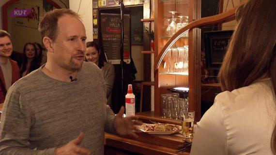 """""""Stößchen bei Klaus"""" mit 1Live Moderator Olli Briesch"""