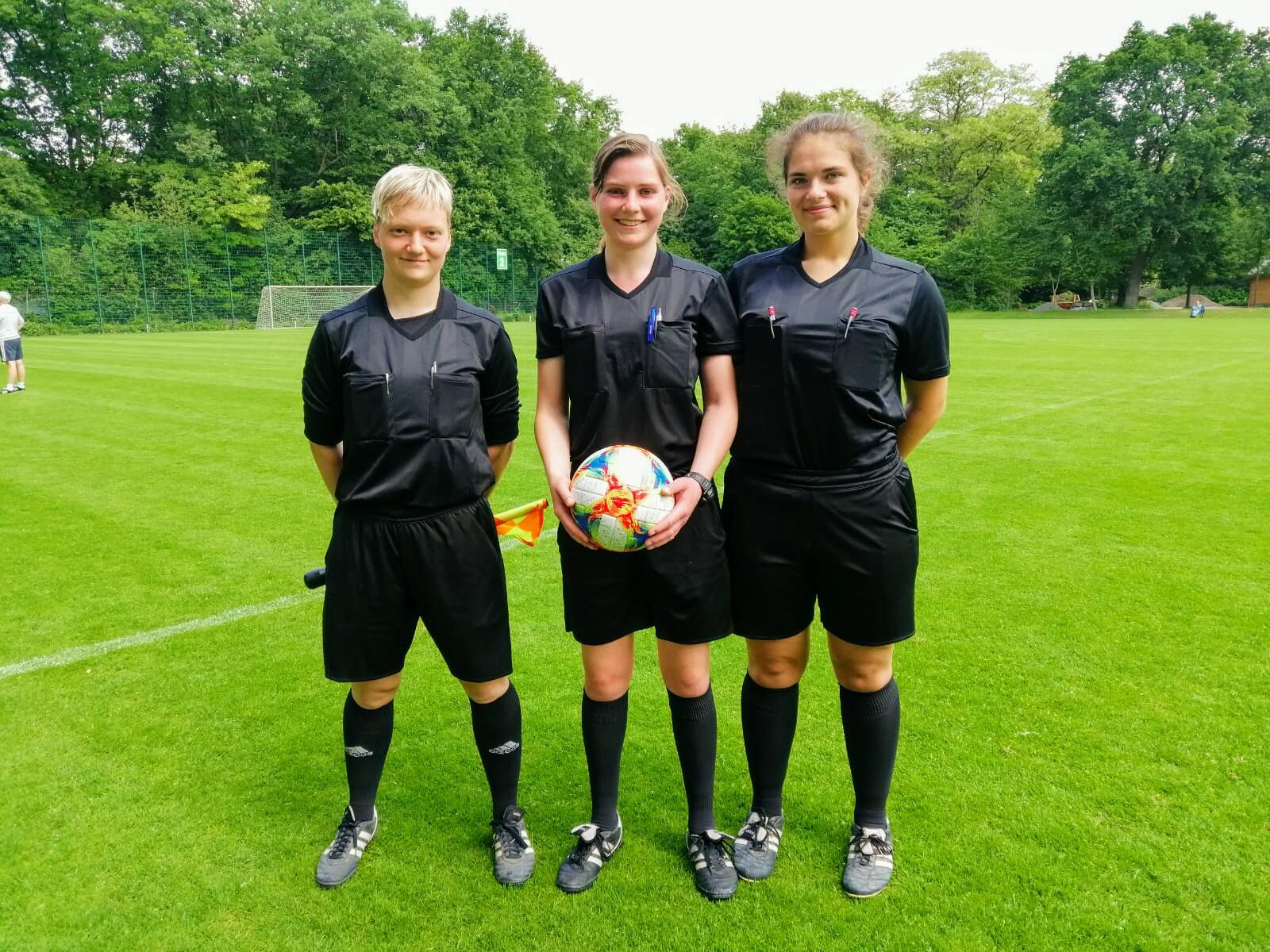 Erfolg Anerkennung Blode Spruche Frauen Im Fussball Kurt