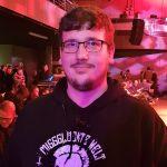 Alexander, 25 Jahre alt, ist Fachkraft für Veranstaltungstechnik
